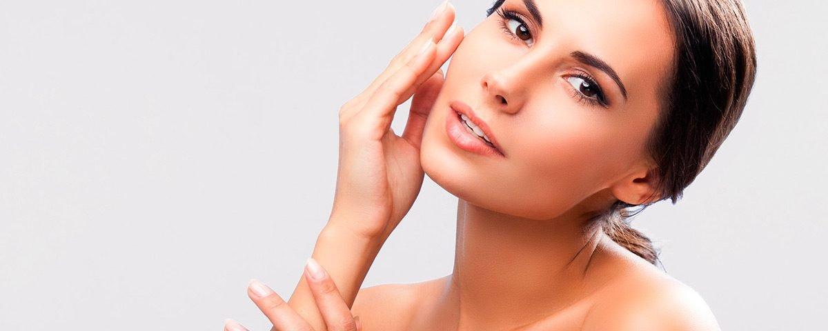 Segredos para controlar a pele oleosa