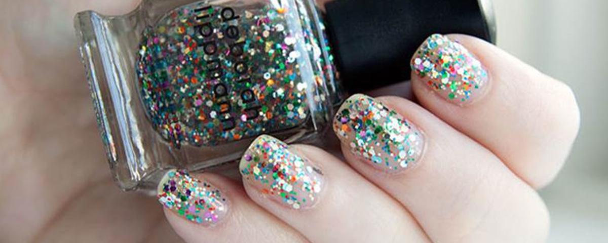 unhas glitter